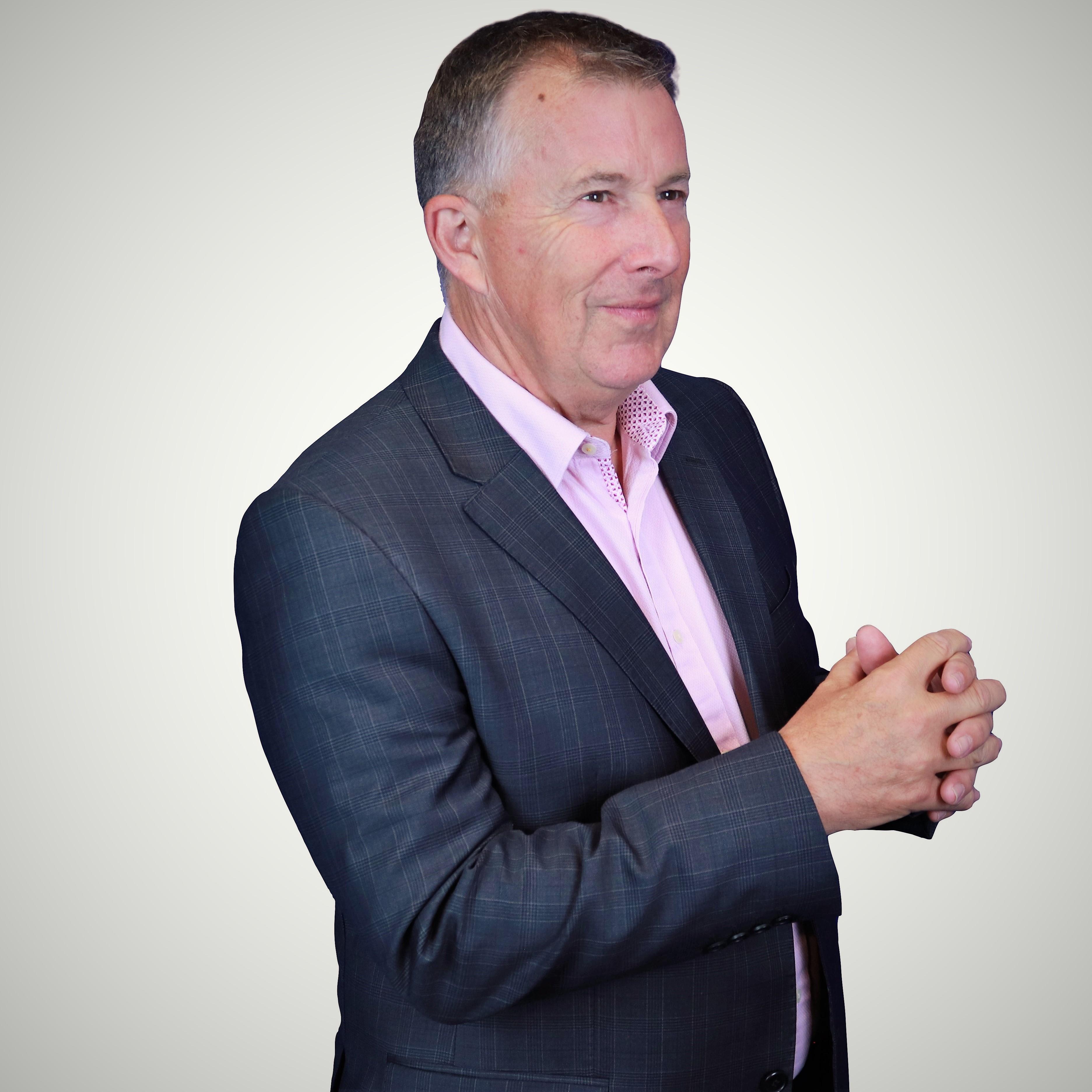 bill mcfarlan, pink elephant communications