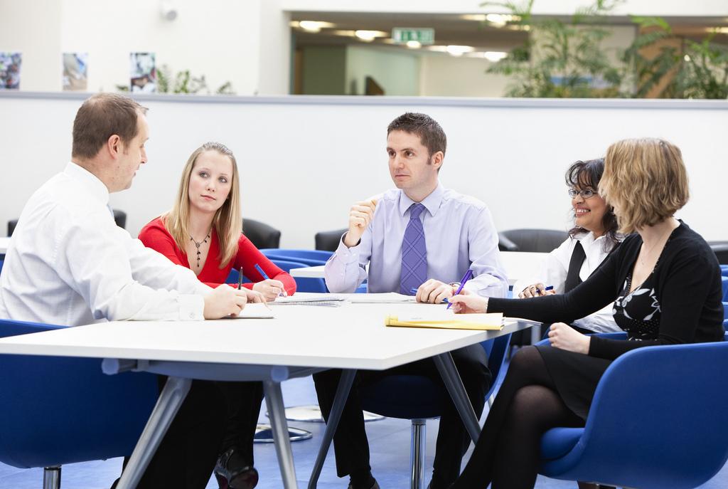 negotiation skills scotland people round table.