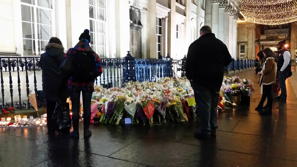 Glasgow bin lorry crash