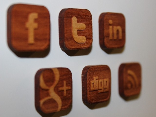 social media training courses scotland wooden logos.