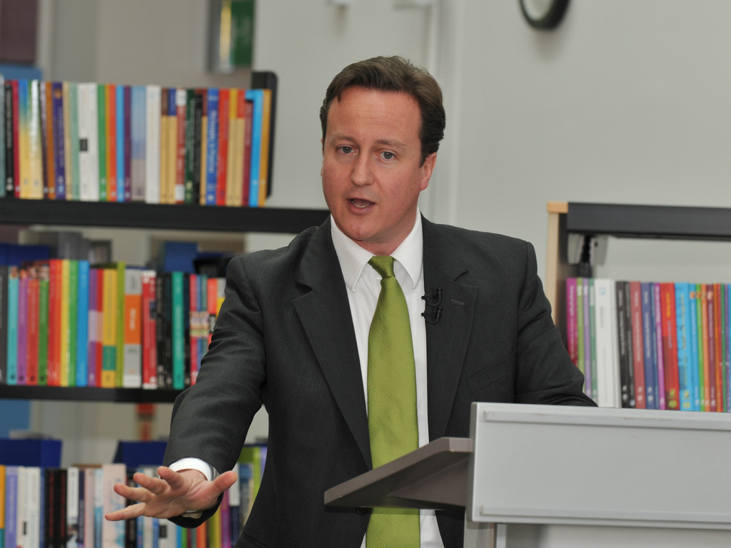 prime minister david cameron media interview training scotland at lecturn.