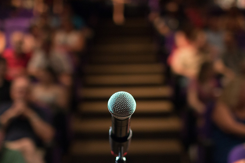 public speaking training courses scotland body language microphone.