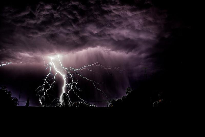 crisis communication-pink-elephant-comms-lightning-conductor