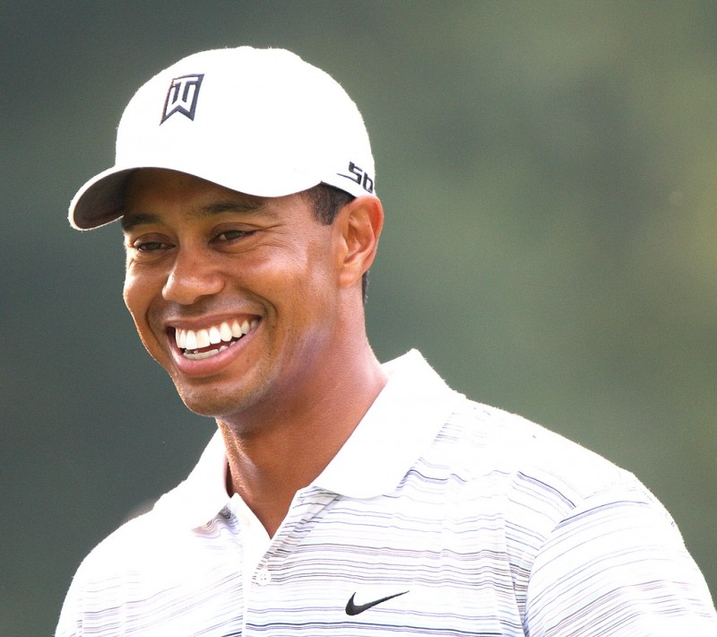 body language smile speech tiger woods.