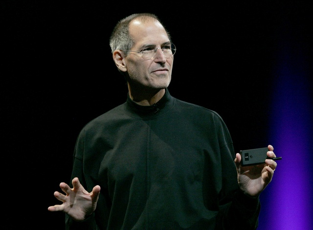 The 1 Per cent Club - 9 Traits Of The Best public Speakers- pink elephant comms-steve jobs