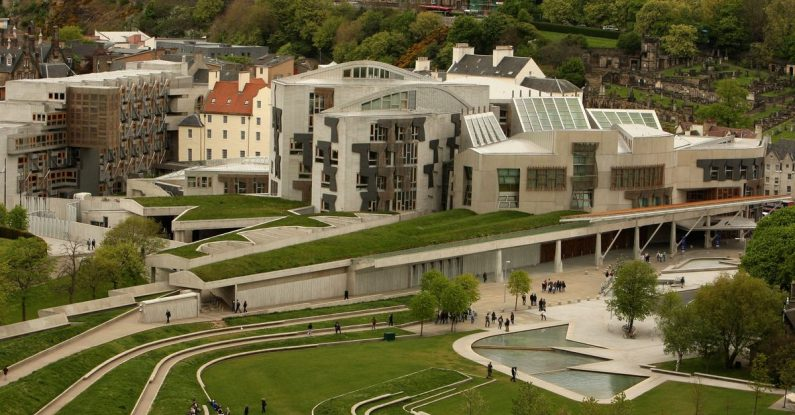 Scottish Parliament building Holyrood communicate effectively.