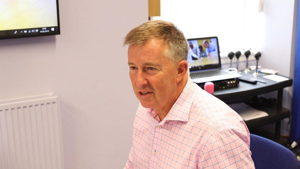 Presentation skills training in Scotland, bill mcfarlan, release the handbrake