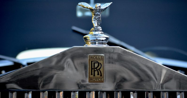how do i announce job losses, rolls royce