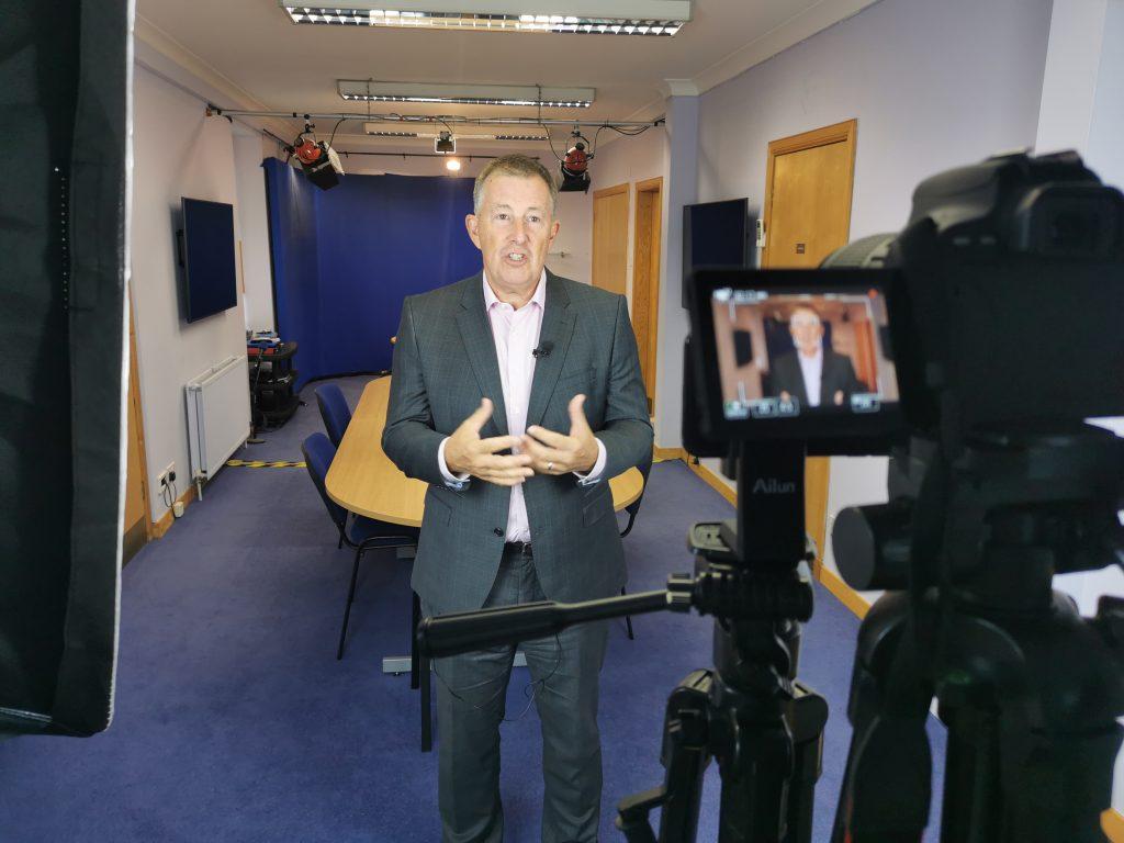 virtual presenter training, pink elephant communications, bill mcfarlan