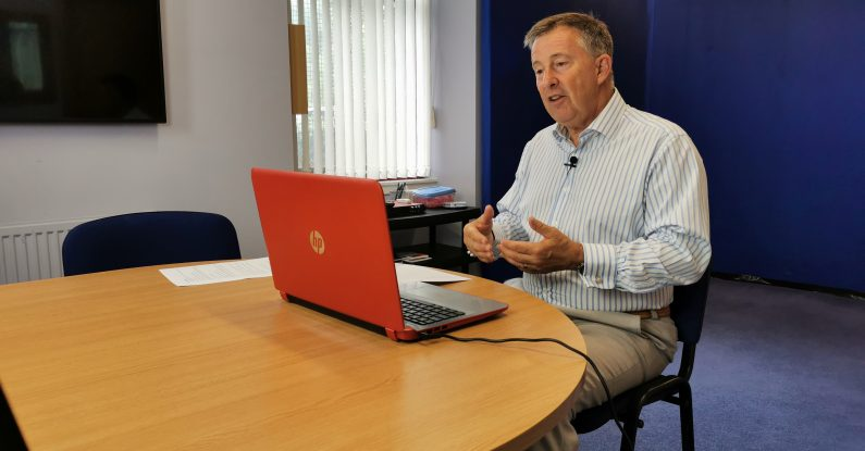 virtual presenting training, bill mcfarlan, pink elephant communications