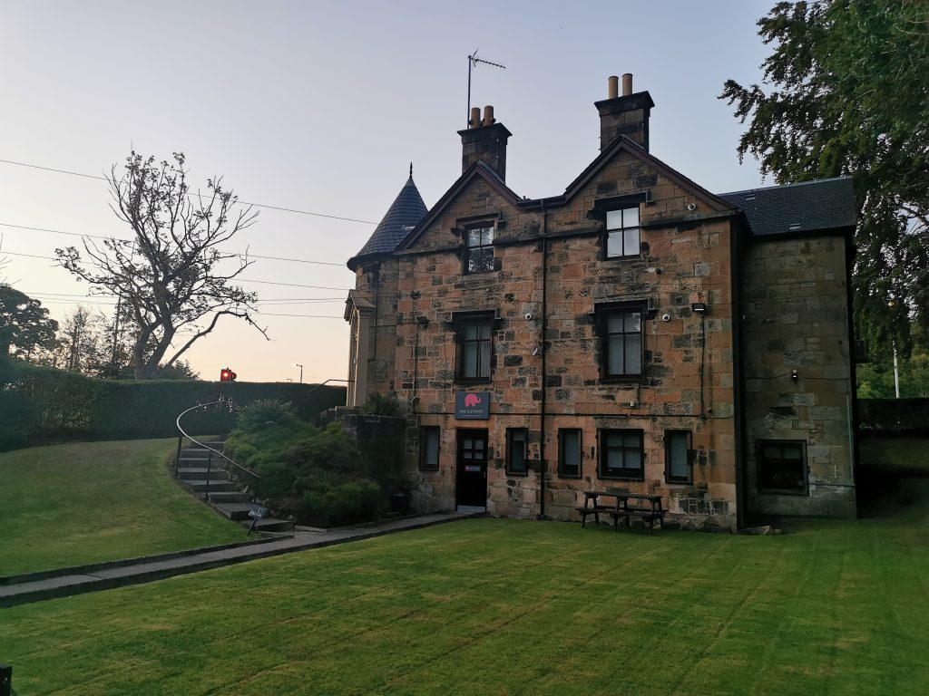 business writing scotland, lochinch house, pink elephant