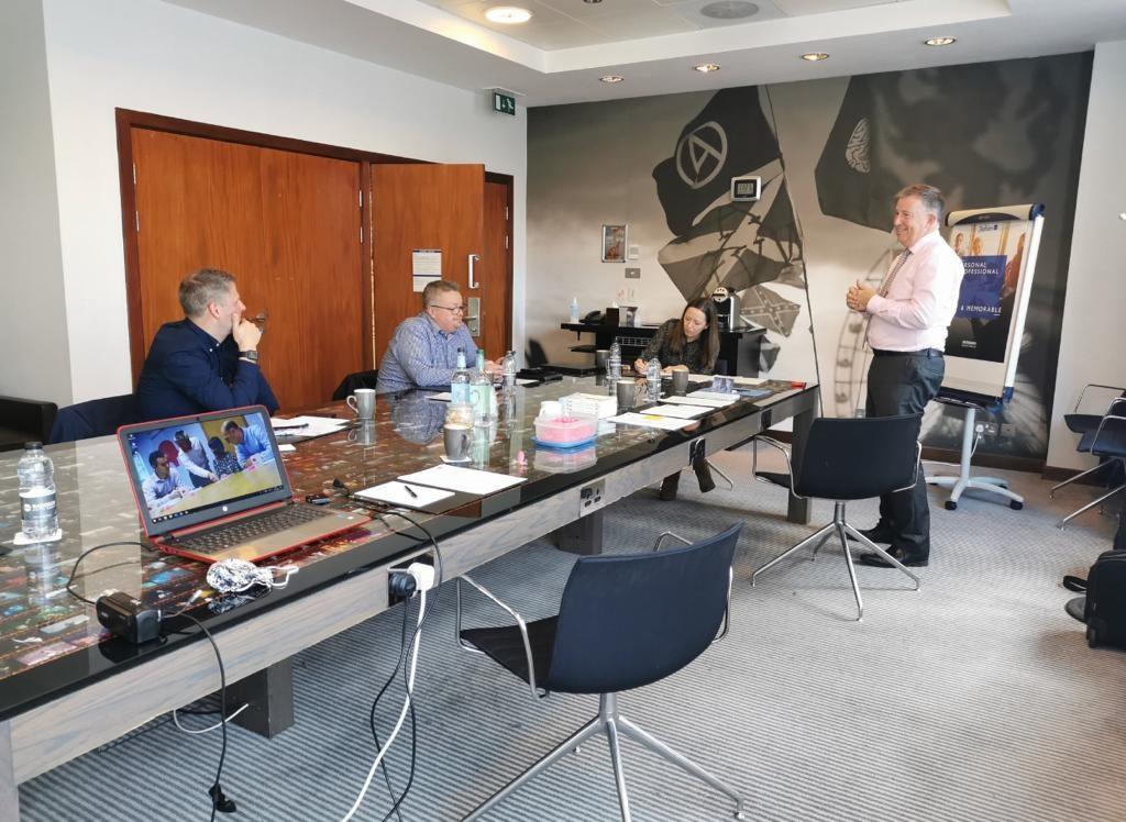 Virtual presentation training Scotland, pink elephant communications, bill mcfarlan